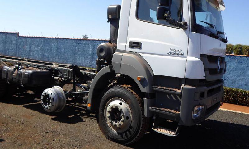 Quarto eixo direcional caminhão - ARS GUINDASTES CESTAS AÉREAS Ribeirão Preto